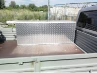Ящик инструментальный на УАЗ Профи с выносным кронштейном запаски